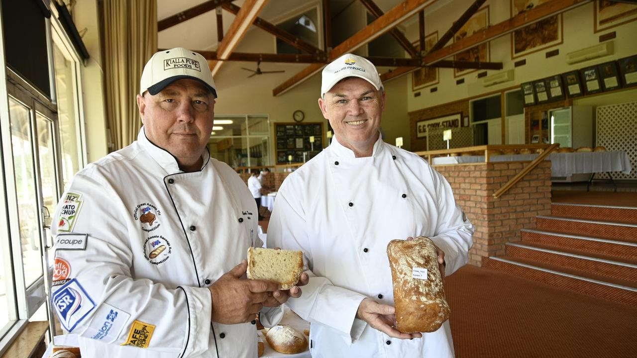 Chief judge, Mark Dennien (left) and Stuart Evans RASQ Toowoomba Bread Show. Picture: Bev Lacey