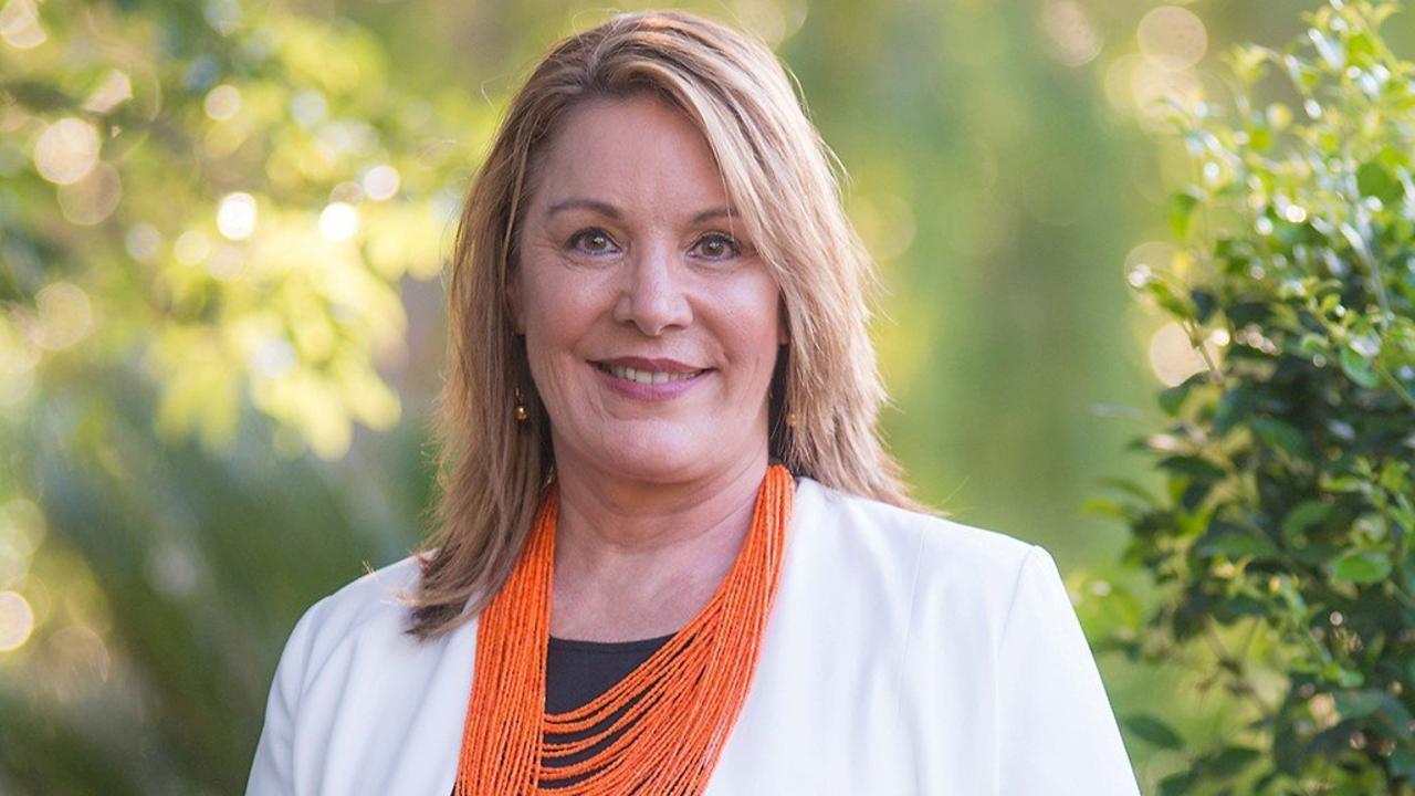 Cr Helen Blackburn