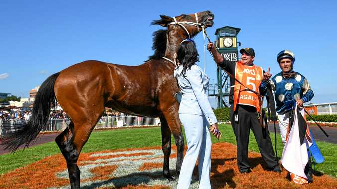 'Trainers of stayers' take out Blue Diamond with long shot