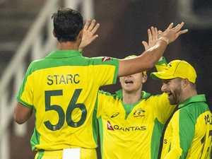 'Absolute scenes': Aussies bulldoze rivals