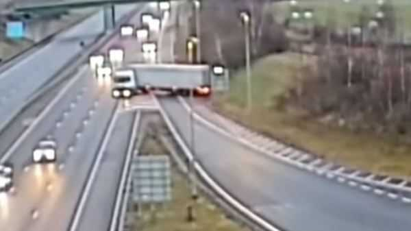 Truck driver jailed for 'dangerous' move on busy highway