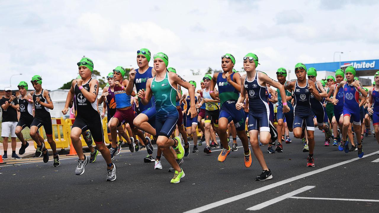Queensland School Sports Triathlon and Aquathlon – Start of the Junior Boys Aquathlon. Photo: Cody Fox