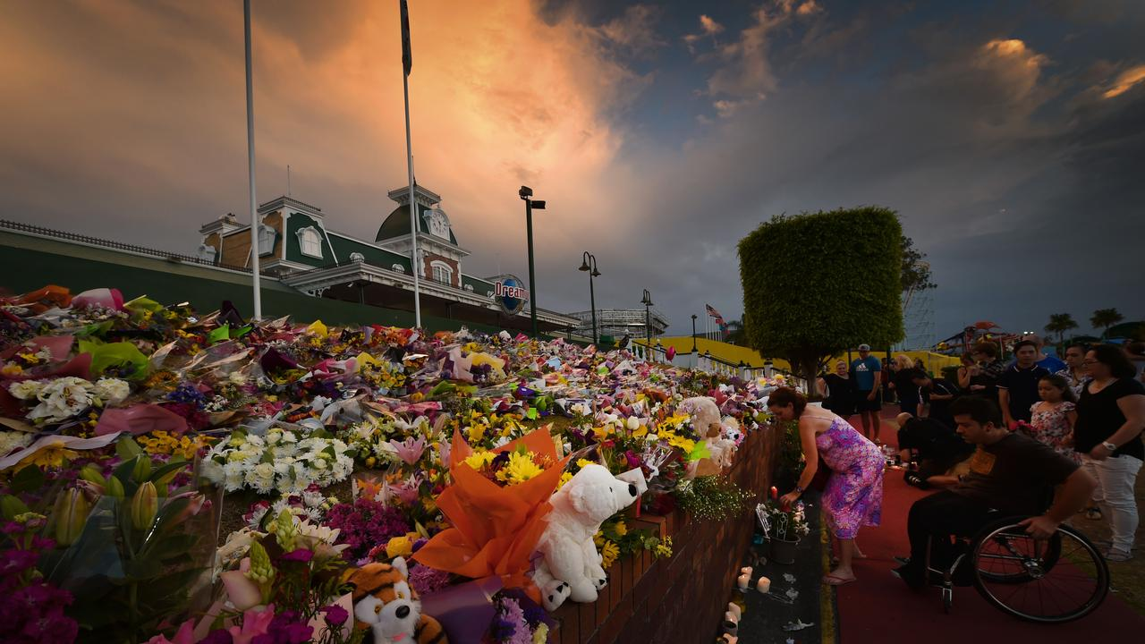 Dreamworld's candlelit vigil. Picture: Nigel Hallett