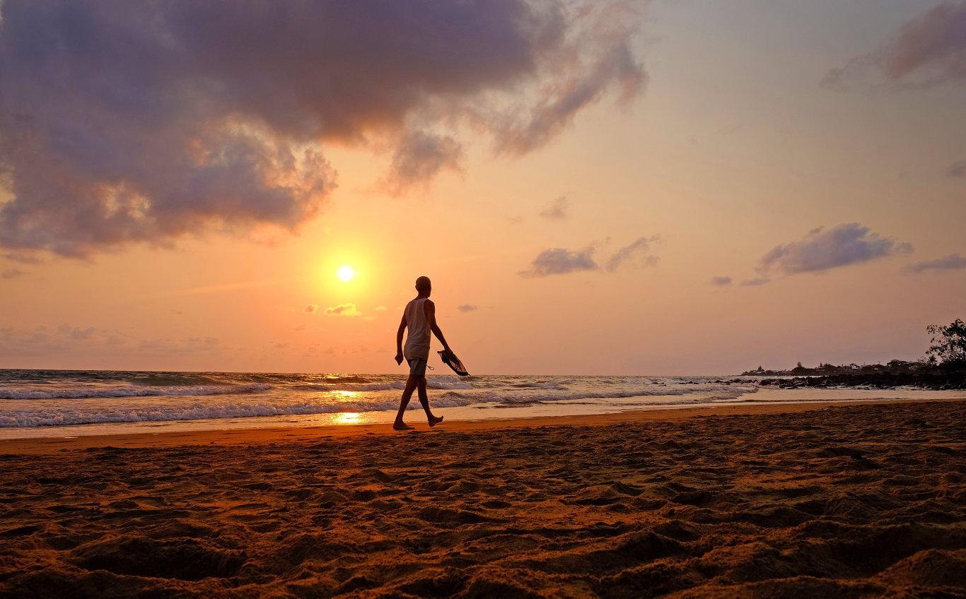 BEACH REPORT: Paul Sterling on his daily walk along Kellys Beach Bargara.