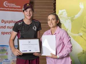Young cricket star receives prestigious scholarship