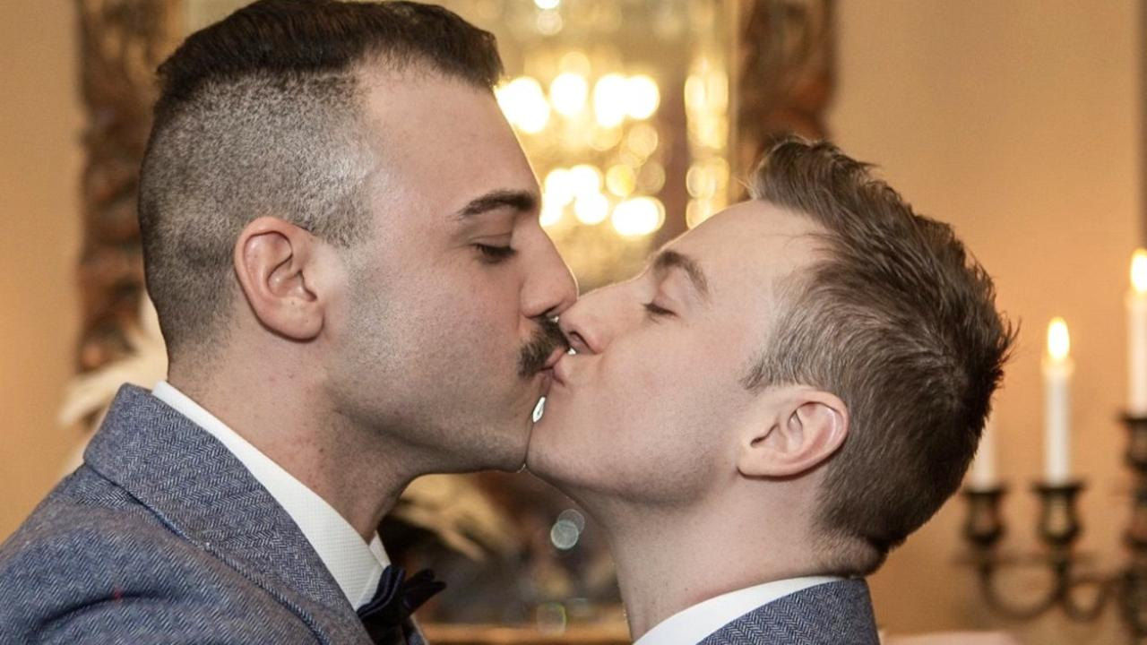 Olympic diver Matthew Mitcham has married long-term partner Luke Rutherford in a lavish castle wedding.