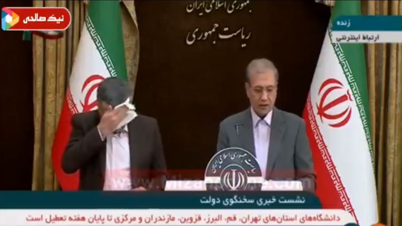 Iraj Harirchi appears unwell in a TV press conference downplaying the coronavirus crisis in Iran.