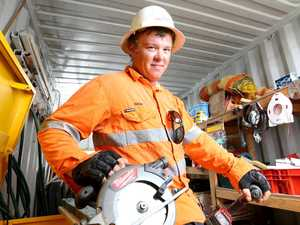 Apprentices walk out as Aussie jobs crisis worsens