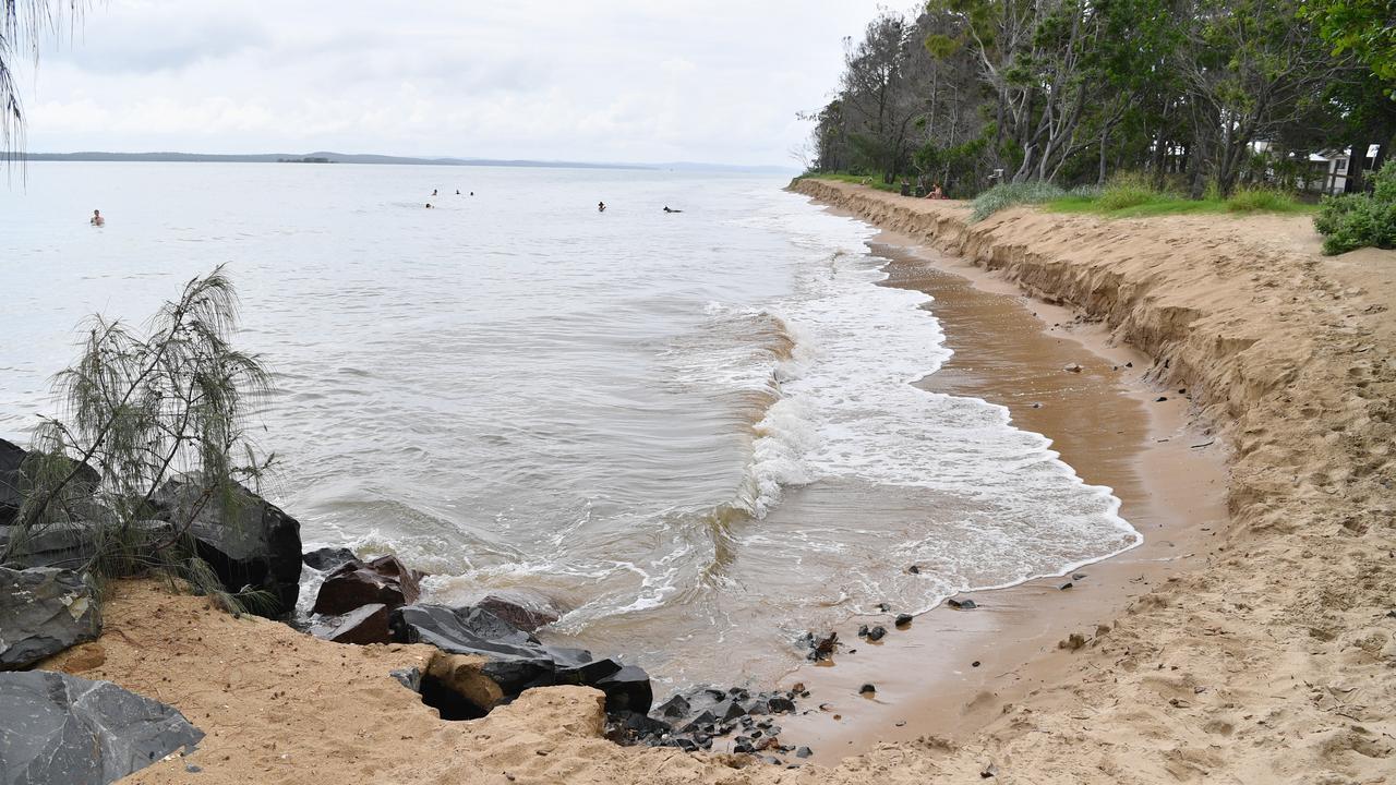 King tide 9:59am - erosion at Urangan Beach south of the Pier.Photo: Alistair Brightman