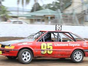 Duelling drivers at V8 Dirt Modifieds