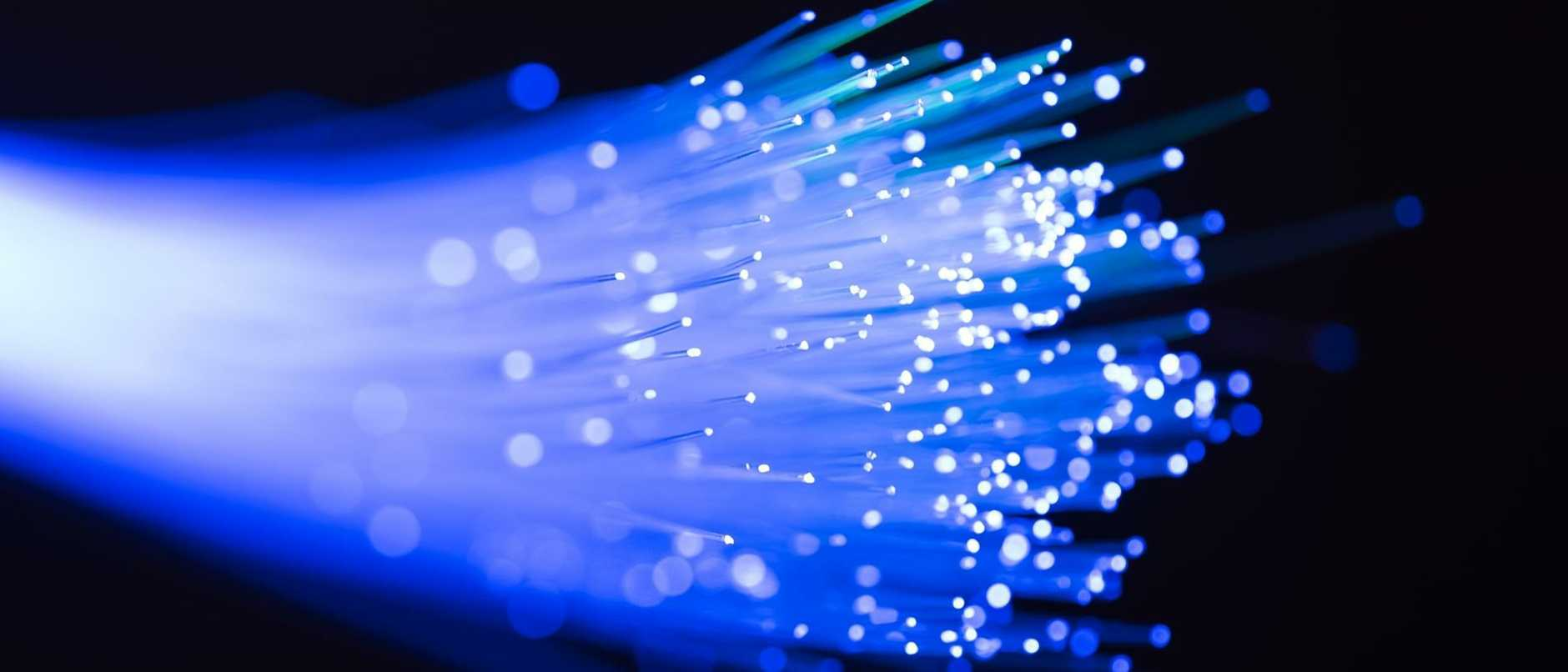 The multibillion-dollar network designed to deliver high-speed broadband in Australia may force more people on to fast mobile plans, an inquiry has heard.