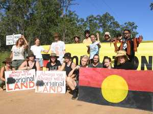 Works on hold until developers meet with traditional owners