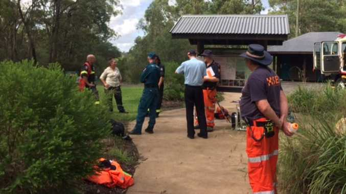 Mass rescue of 16 people trapped on mountain