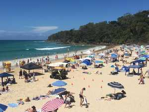 $1b bonanza to resurrect Qld tourism