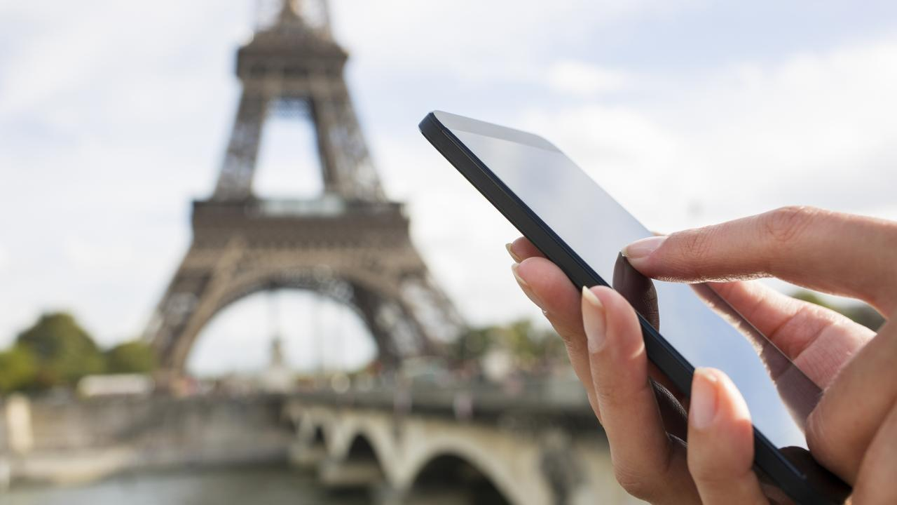 Optus has now rolled out international roaming deals that will make it cheaper for customers who use their phones overseas.