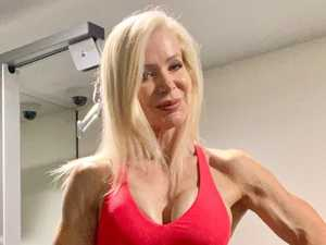 'Hot' grandma's six-pack turns heads