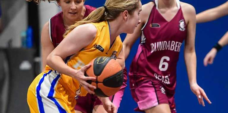 Gladstones Erin Harvey makes a drive to the basket. PICTURE: Brian Cassidy