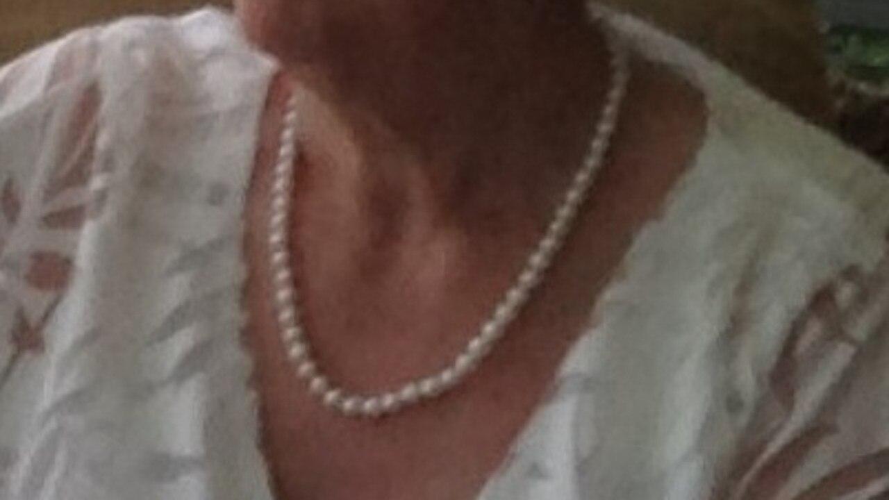 Stolen pearls