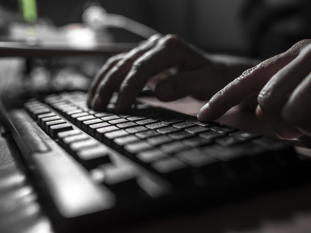 Allen Warwick Porn mp demands age verifications for online porn | sunshine