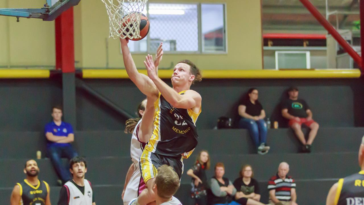 Dylan Owen is one of the more talented Gladstone players. PICTURE: Erin Mellor