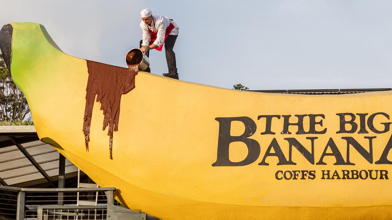 Police rush to scene of Big Banana after reports it had been 'vandalised'. Picture: Supplied
