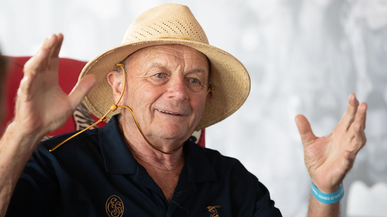 After a wholesaler hit out at 'un-Australian' coronavirus scalpers buying out essential gear, 'patriotic' retailer Gerry Harvey made a big pledge to Aussies.