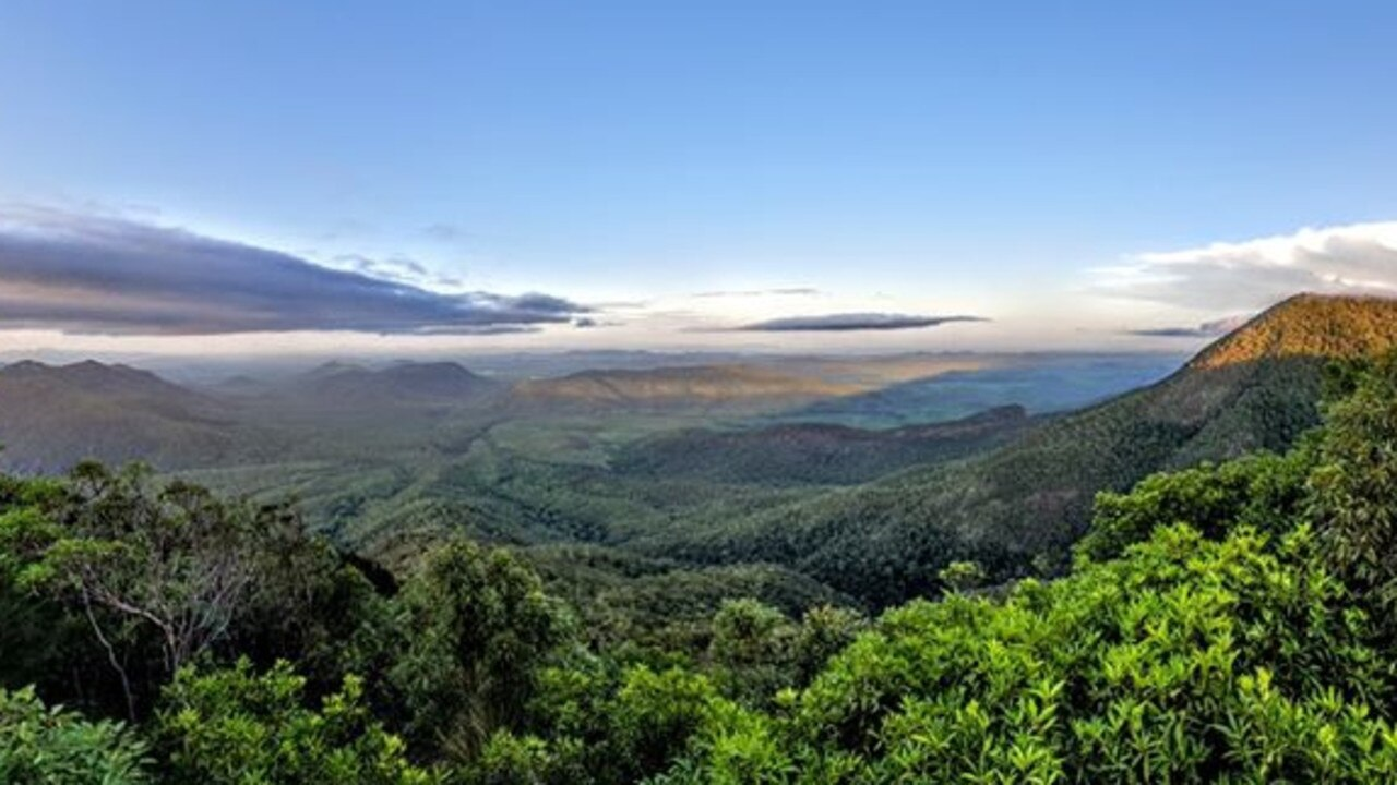 Hanna Roberts snapped Cathu Lookout.