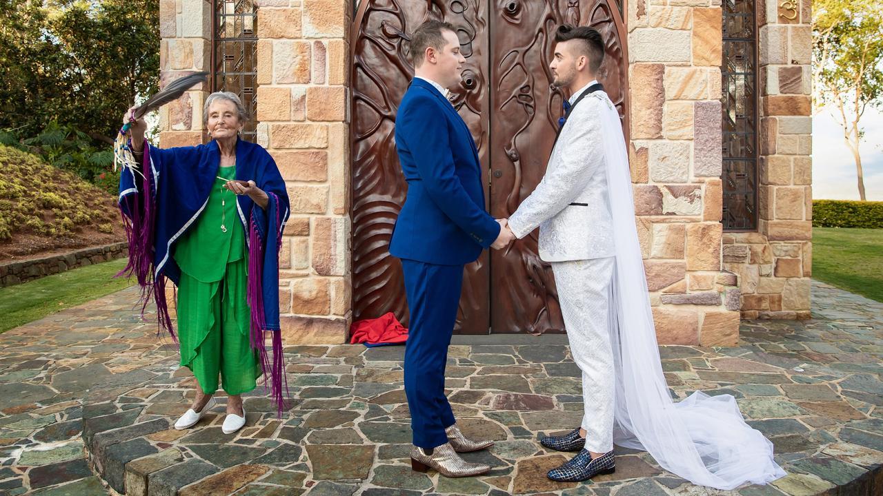 Couple cleansing: Sunshine Coast Wedding Photographer Ben Connolly