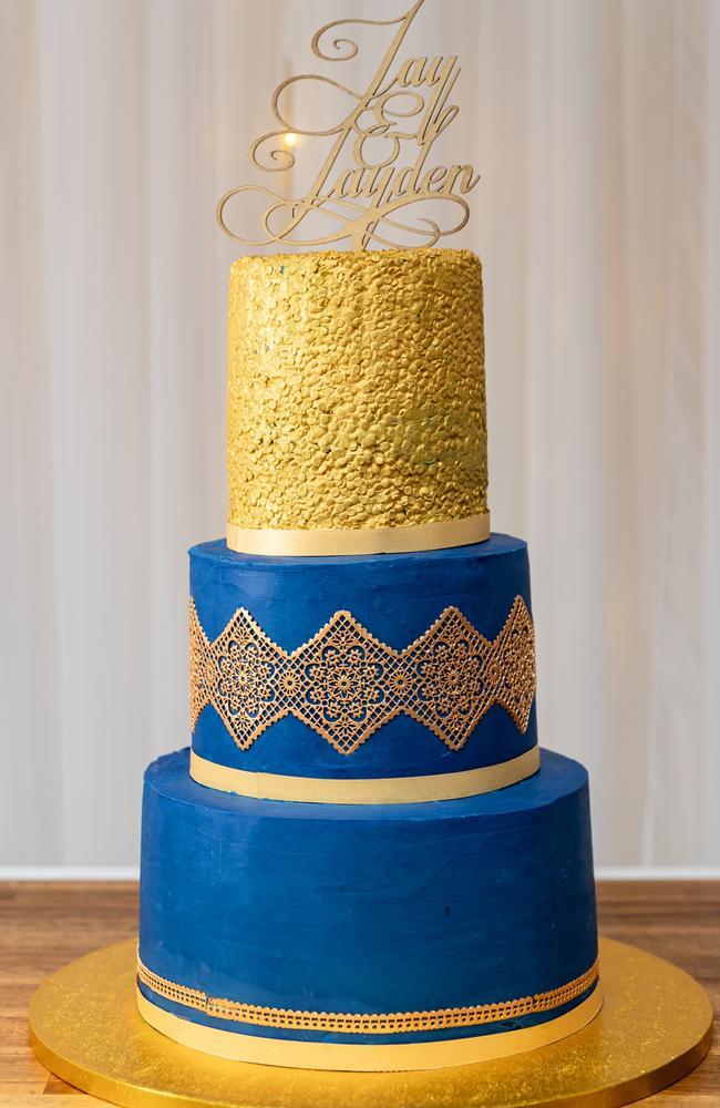 Marvellous bake: The wedding cake, Sunshine Coast Wedding Photographer Ben Connolly