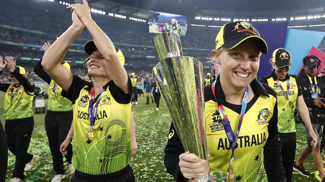 Alyssa Healy is a world champion ... yet again.