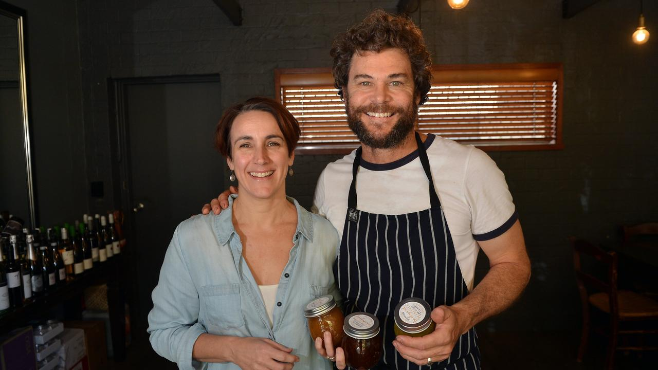 Hungry Feel, Buderim owners Chris and Larissa White.