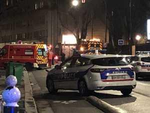 Gunman storms Paris mosque