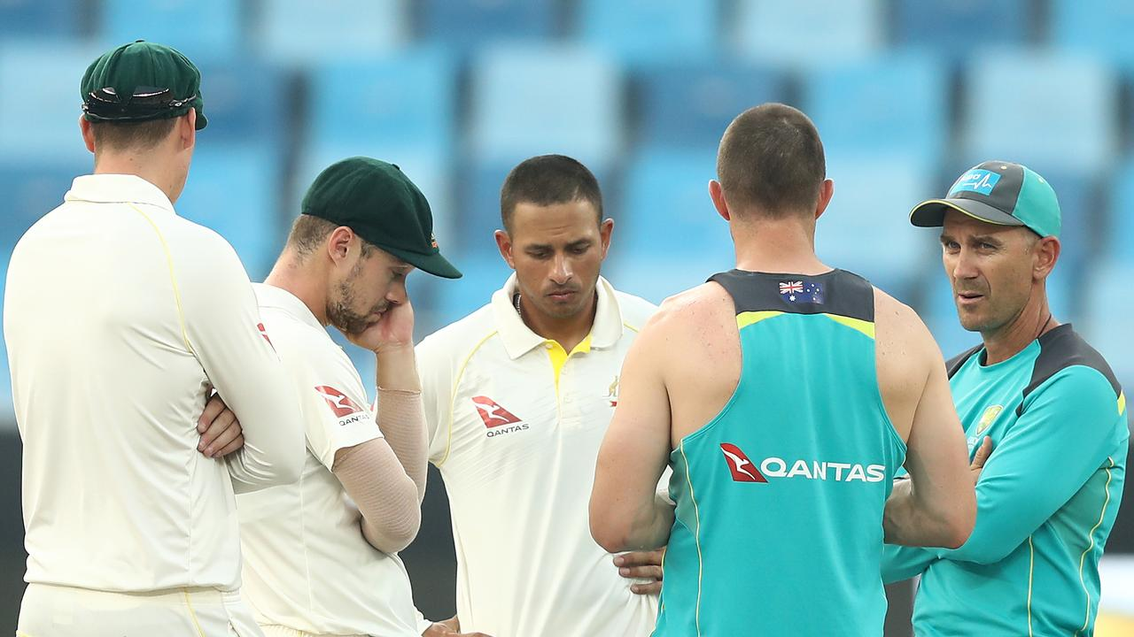 Justin Langer addresses his batsmen in Dubai. Picture: Ryan Pierse/Getty