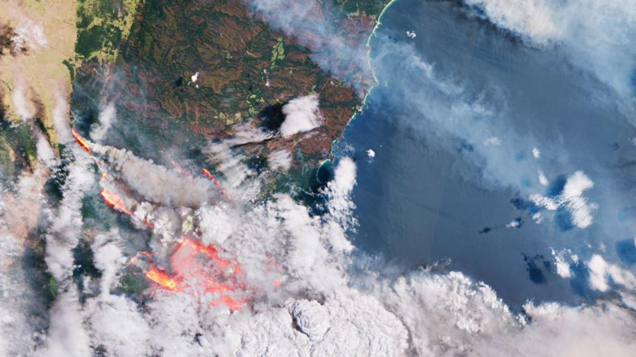 Aerial photo showing fires burning on the east coast of Australia on December 31, 2019. Source: Climate Council report Summer of Crisis