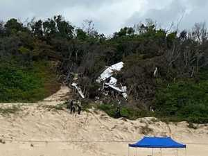 No mayday call before 'catastrophic' plane crash