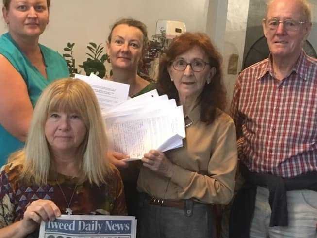 On Monday some of 'Save Murwillumbah Hospital' team members met with nurses and handed over the first round of petitions to Janelle Saffin MP.