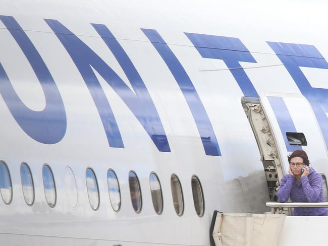 The coronavirus pandemic has forced United Airlines to plan for the elimination of more than 3400 management and administrative positions by October 1.