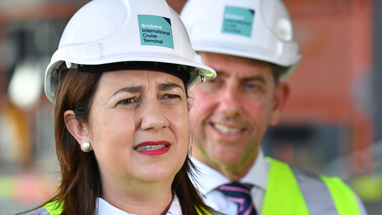 Queensland Premier Annastacia Palaszczuk (left) and Queensland Minister for State Development, Manufacturing, Infrastructure and Planning, Cameron Dick (right). (AAP Image/Darren England)
