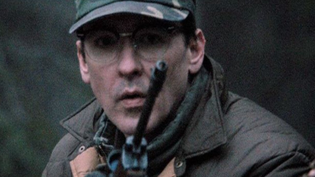 John Cusack as Hansen.