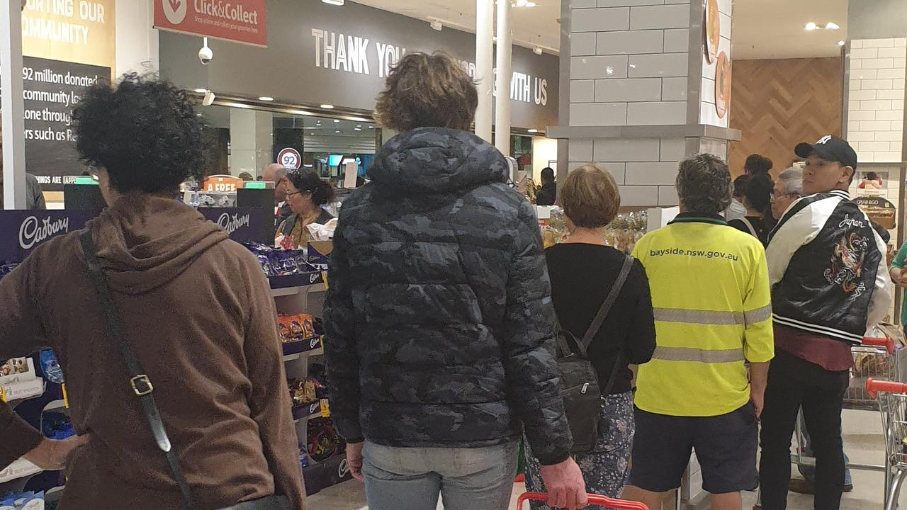 There are scenes of absolute chaos in Australian supermarkets today as panic buyers descend in their masses and strip shelves bare.