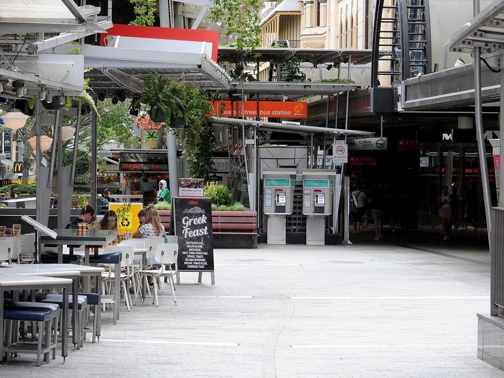 Queen Street Mall at 10.30am on Saturday. (AAP image, John Gass)