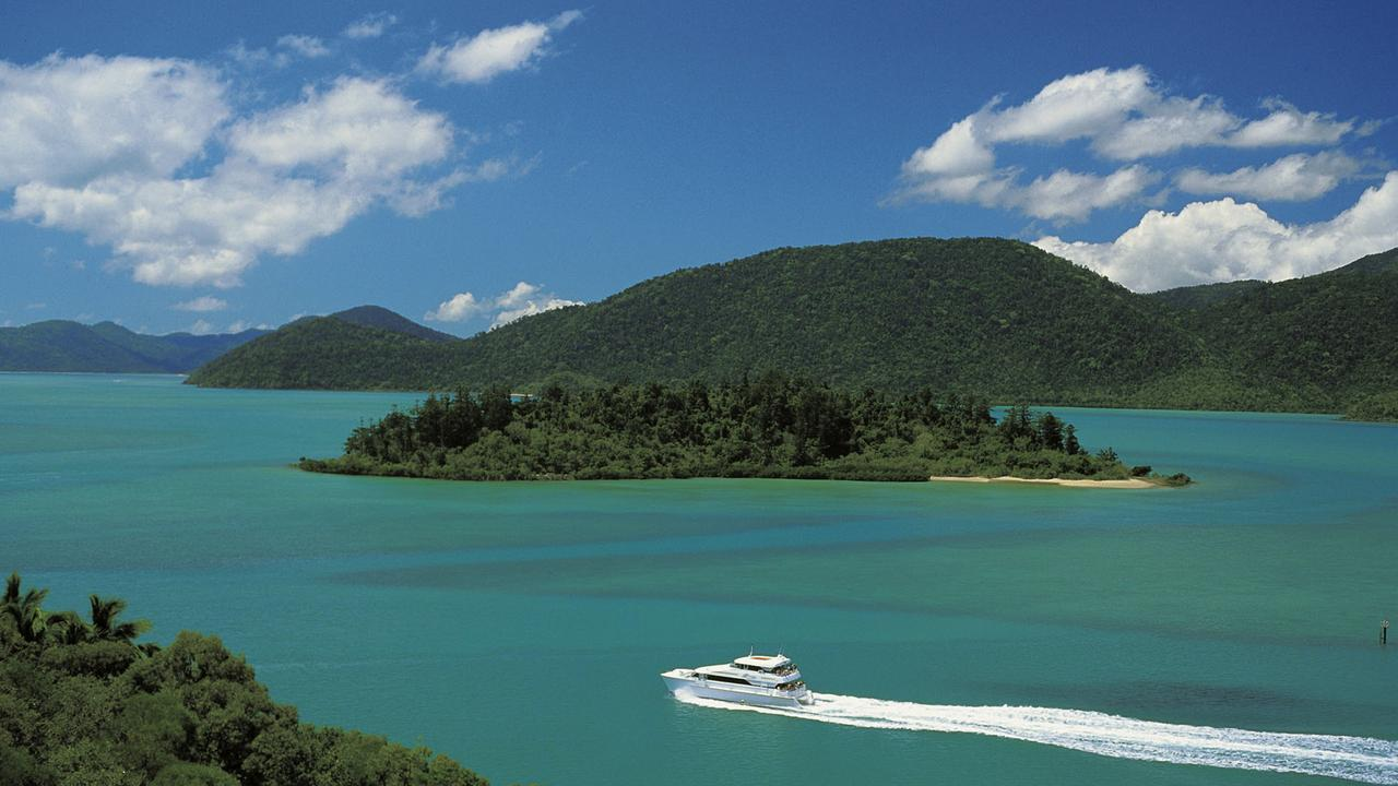 The Whitsundays will be hit by new measures to reduce the spread of COVID-19 Picture: Queensland Tourism.
