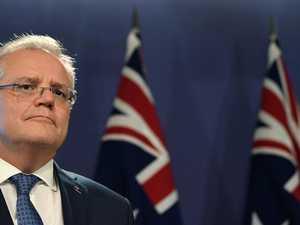 PM to change Parliament, Hanson wants it shut down