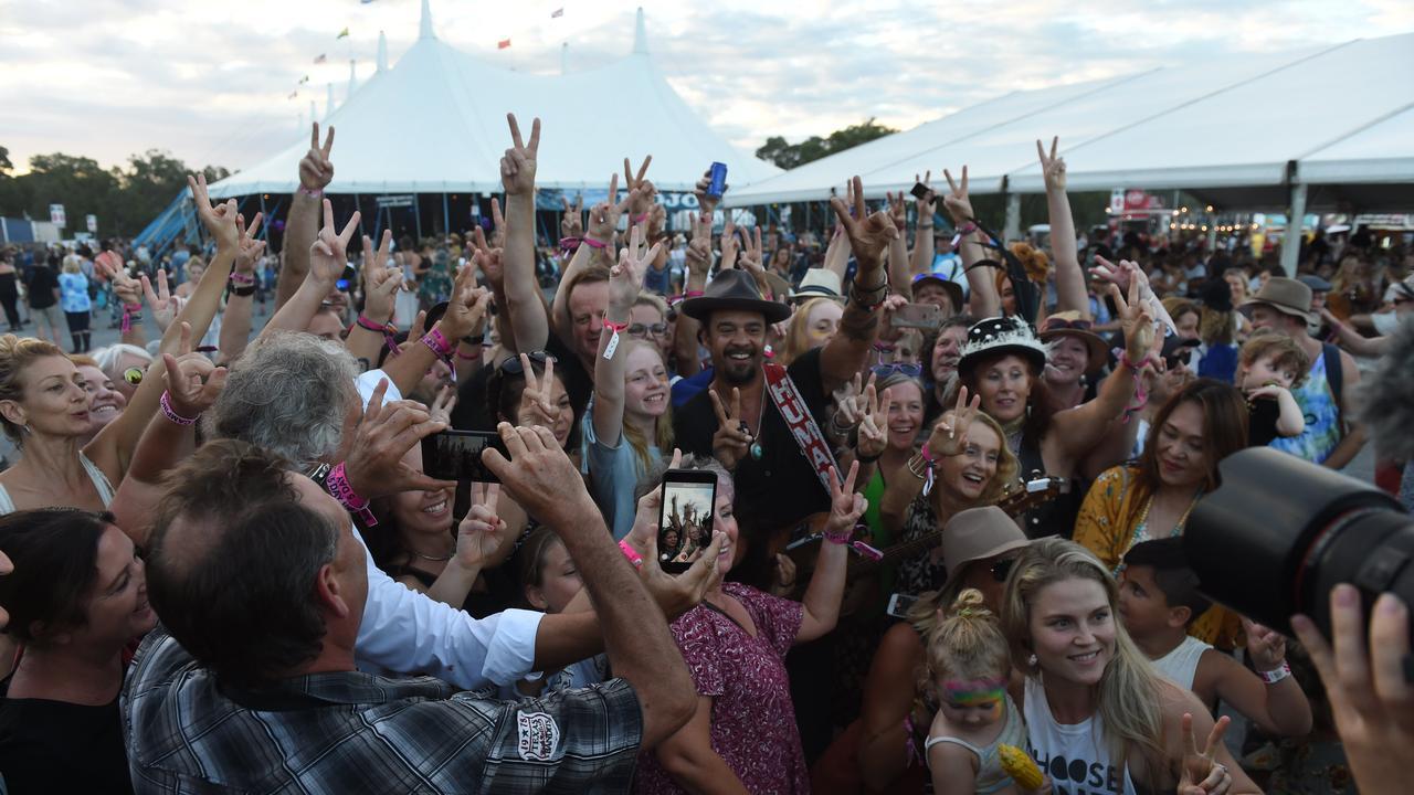 Crowds at Bluesfest 2018.