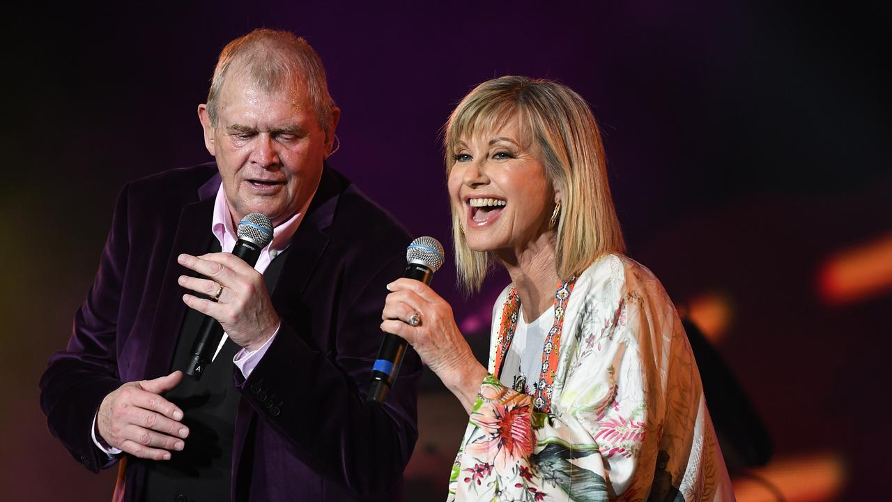John Farnham (left) and Olivia Newton-John perform during the Fire Fight Australia bushfire relief concert at ANZ Stadium in Sydney.