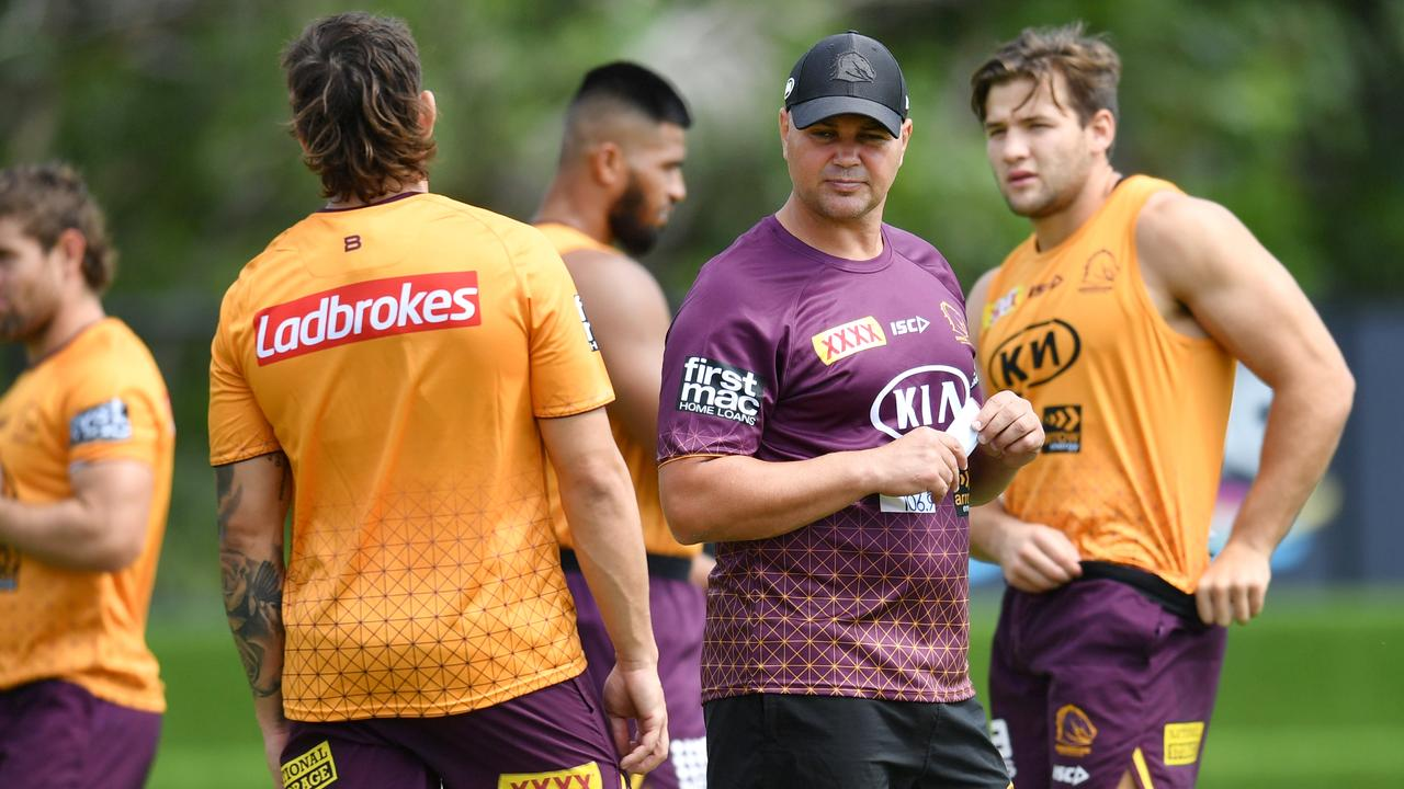 Broncos coach Anthony Seibold (centre) is seen during Brisbane Broncos training session at Clive Berghofer Field in Brisbane, Wednesday, March 11, 2020. The Broncos are playing the North Queensland Cowboys in their round 1 NRL match. (AAP Image/Darren England) NO ARCHIVING