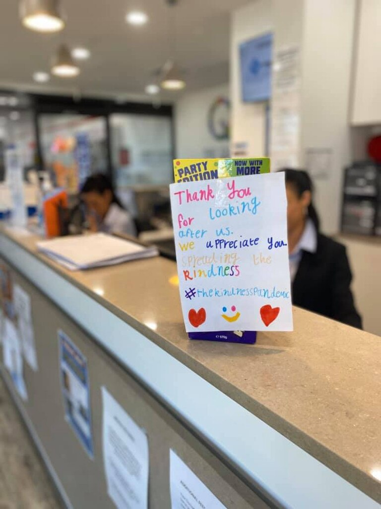 A thankyou note to staff a medical centre. Picture: Facebook/Kindness Pandemic