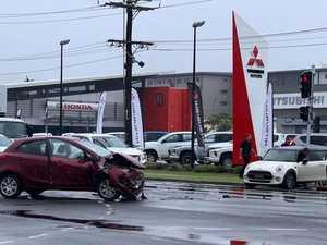 Two-vehicle collision in Mackay CBD