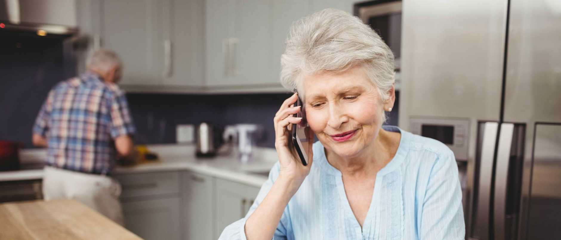 The Queensland Government has set up a new hotline for those people in self-quarantine for COVID-19 who can't get access to food or medicine.