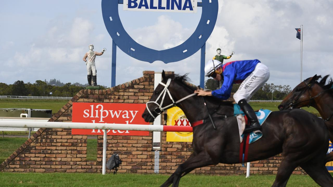 Ballina Cup winner Melted Moments won at Murwillumbah today. Photo Marc Stapelberg.
